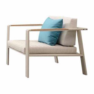 Nofi lounge stoel alu white grey/teak + light grey met blauw sierkussen