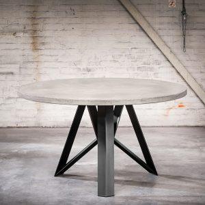 industriële ronde eettafel 150x4 betonlook met zwarte Aquila poot - Rockefeller