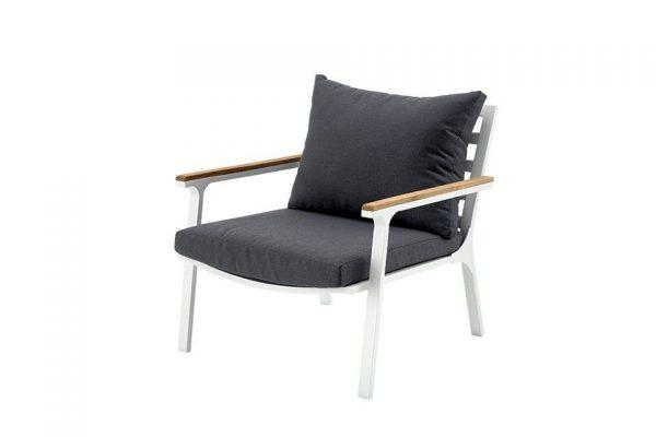Loungestoel Klara - Wit met Teak Armleuning - Fonteyn Collectie