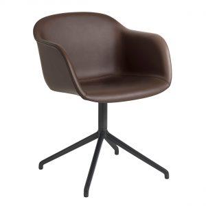 Muuto Fiber Swivel gestoffeerde stoel Prescott Leather chocolate