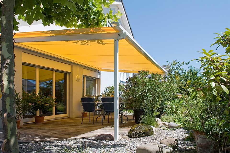 Leuke gele veranda