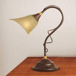 Tafellamp Matteo in landhuisstijl