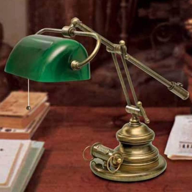 Tafellamp Belleville in antieke stijl