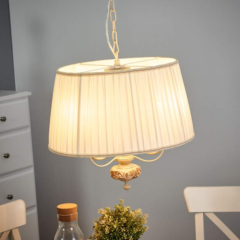 Crèmekleurige satijnen hanglamp Olivia