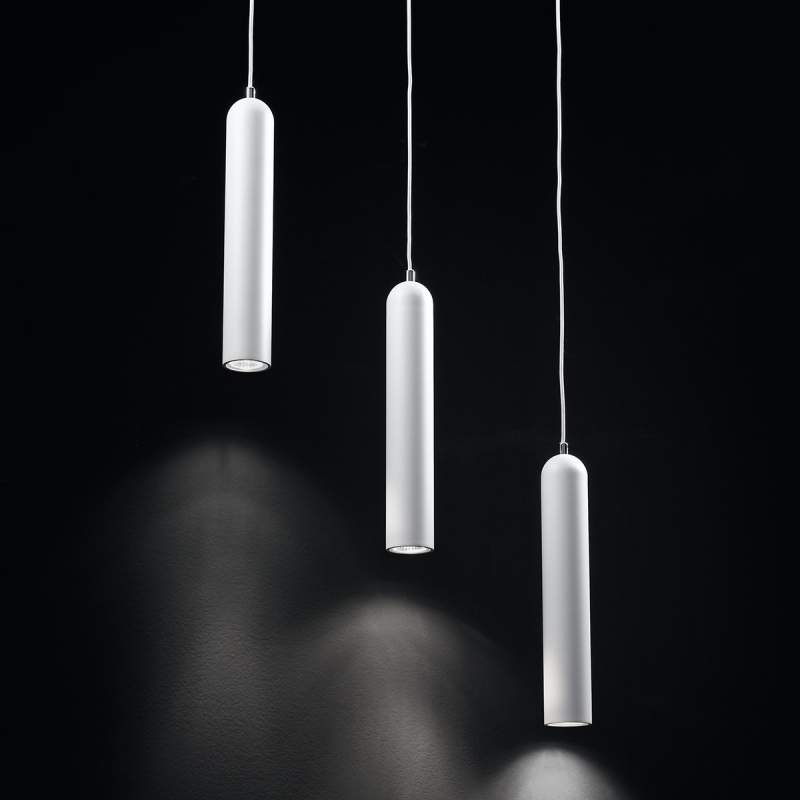 Pendellamp Jamie ñet drie lichtbronnen, uit metaal