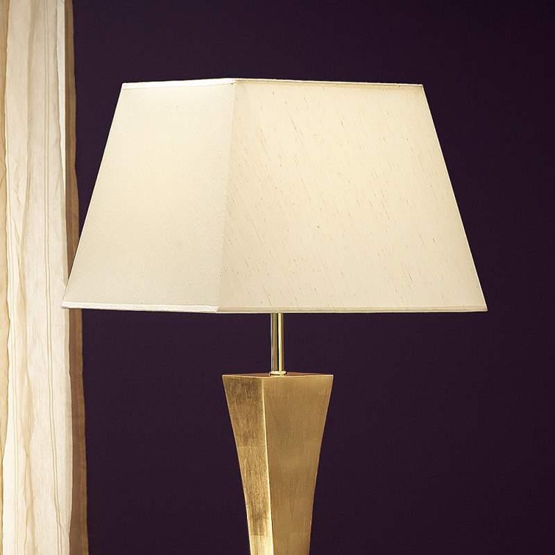 Deco - een vloerlamp met een elegant design