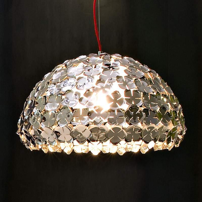Halfronde hanglamp Ortenzia met bloemendecoratie