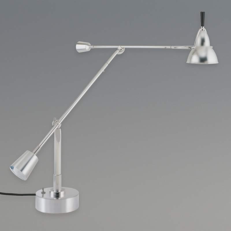 Tafellamp van Eduard-Wilfrid Buquet, nikkel