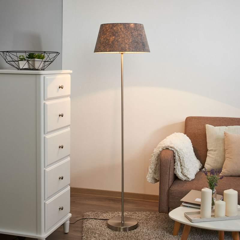 Rechtlijnig uitgeruste staande lamp Basixx