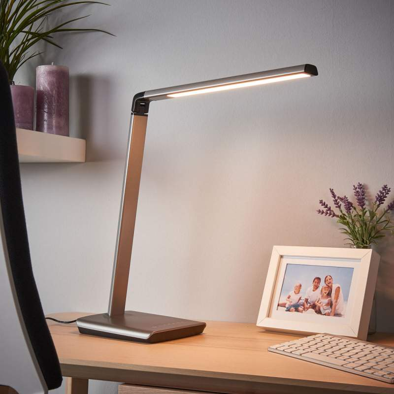 Metallic-grijze led bureaulamp Kuno, dimmer & USB