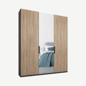 Caren driedeurs kledingkast met handvatten, 150 cm, grafietgrijs frame, eiken en spiegeldeuren, klassiek interieur