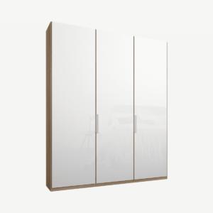 Caren driedeurs kledingkast met handvatten, 150 cm, eiken frame, witte glazen deuren, klassiek interieur