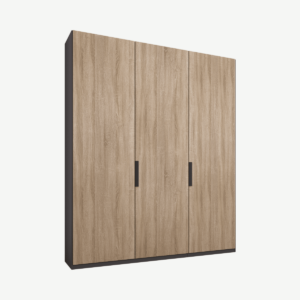 Caren driedeurs kledingkast met handvatten, 150 cm, grafietgrijs frame, eiken deuren, standaard interieur